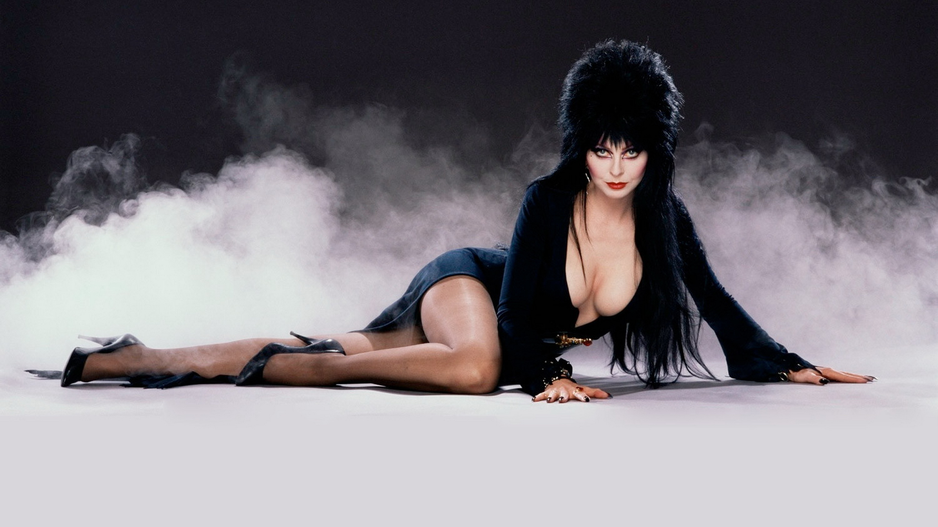 elvira-mistress-of-the-dark-wallpaper-hd